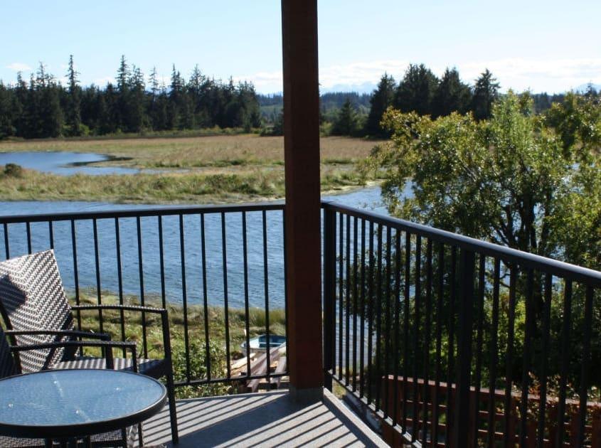 cottage patio view 1500x630
