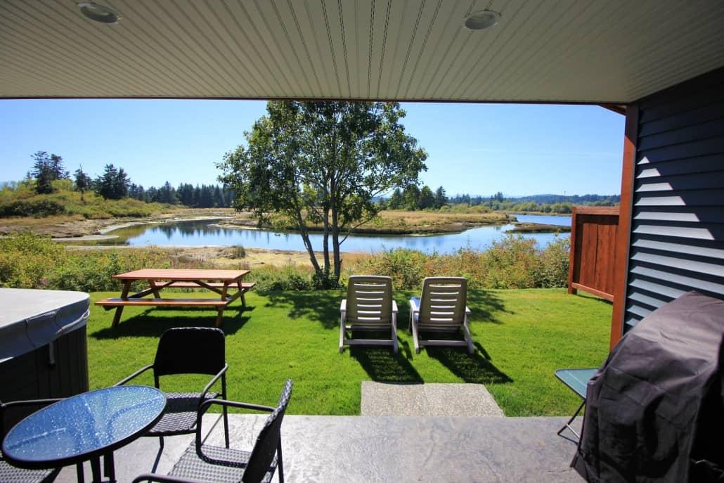 patio orca cottage