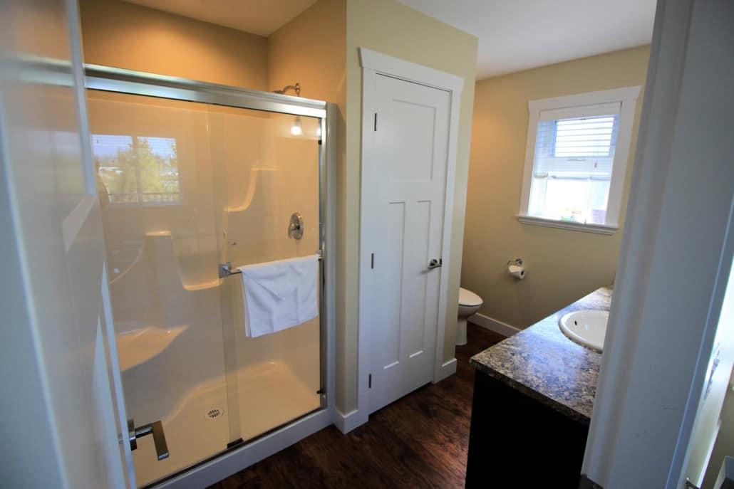 raven cottage bathroom